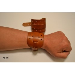 "PG-4-R - Opaska uciskowa na rękę wykonana ze skóry naturalnej ""Jucht naturalny"""